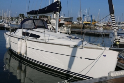 Jeanneau Sun Odyssey 33i for sale in France for €66,000 (£58,925)