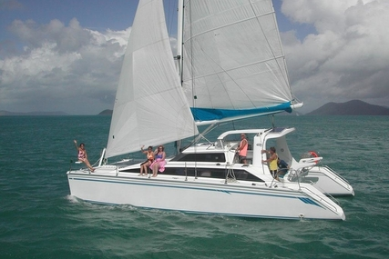 Perry 43- 2000 for sale in Thailand for $275,000 (£208,906)