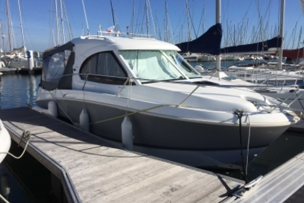 Beneteau Antares 8 for sale in France for €72,500 (£64,654)