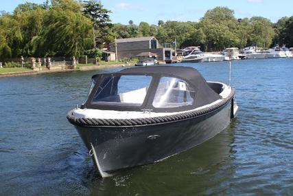Corsiva 565 Tender for sale in United Kingdom for £13,995