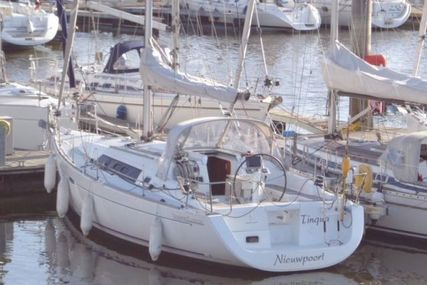 Beneteau Oceanis 37 for sale in Belgium for €88,000 (£76,589)