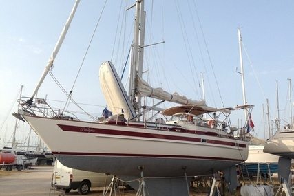 Aphrodite 37 for sale in Greece for €82,000 (£71,968)