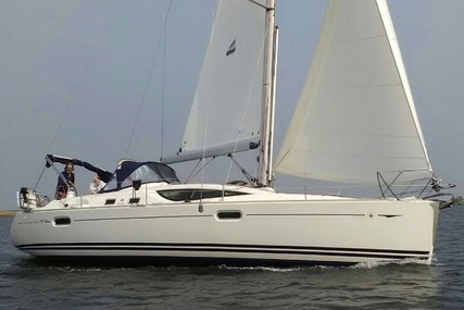 Jeanneau Sun Odyssey 39 DS for sale in Belgium for €110,000 (£97,747)