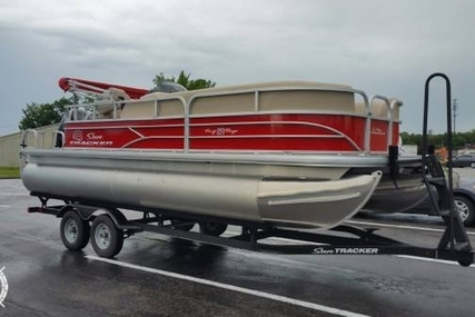 Sun Tracker 20 DLX Party Barge for sale in United States of America for $27,700 (£21,233)