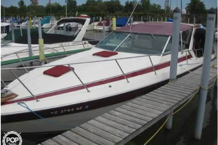 Chris-Craft Commander 332 Express for sale in United States of America for $25,600 (£18,570)