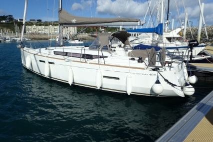 Jeanneau Sun Odyssey 409 for sale in France for €165,000 (£145,464)