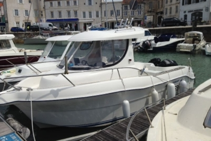 Quicksilver 635 Weekend for sale in France for €15,000 (£13,106)