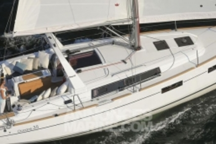 Beneteau Oceanis 35.1 for sale in France for €145,900 (£129,399)