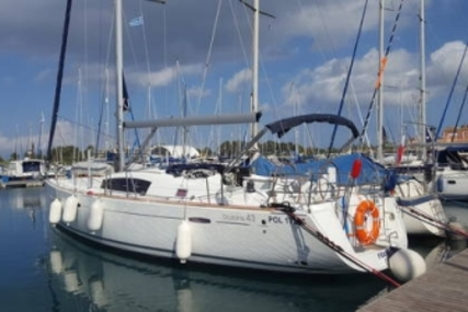 Beneteau Oceanis 43 for sale in Greece for €109,000 (£96,183)