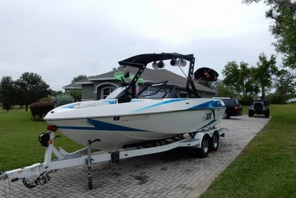 Malibu Axis T22 for sale in United States of America for $74,000 (£59,566)