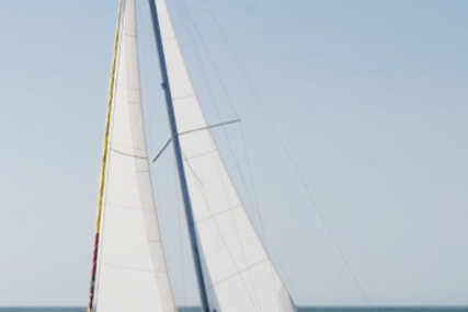 Beneteau Oceanis 31 for sale in France for €89,500 (£79,620)