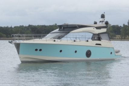 Beneteau MC 5 for sale in France for €550,000 (£486,424)