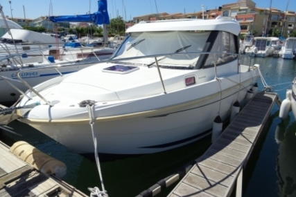 Beneteau Antares 7.80 for sale in France for €30,000 (£26,763)