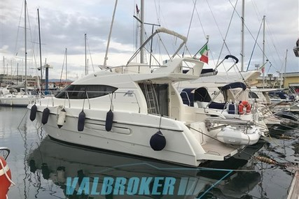 Azimut AZ 36 for sale in Italy for €80,000 (£70,837)