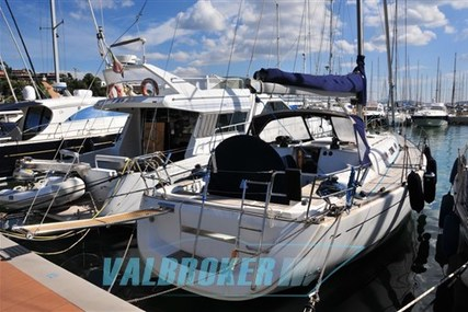 Dufour 44 Performance for sale in Italy for €115,000 (£100,088)