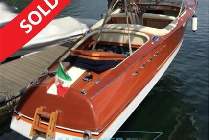 Riva AQUARAMA 99 for sale in Italy for €365,000 (£323,430)