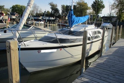 Macgregor 26M for sale in United States of America for $26,700 (£19,101)