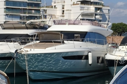 Prestige 550 for sale in France for €639,000 (£559,550)