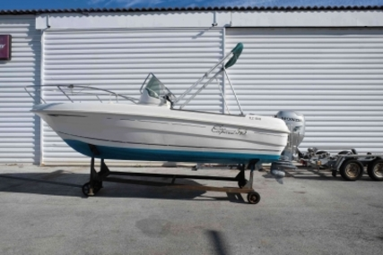 Jeanneau Cap Camarat 545 for sale in France for €8,000 (£7,089)