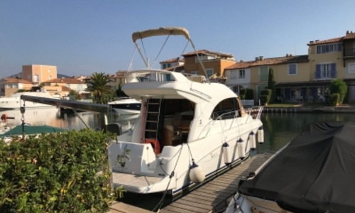 Image of Beneteau Antares 30 for sale in France for €90,000 (£79,230) GRIMAUD, France