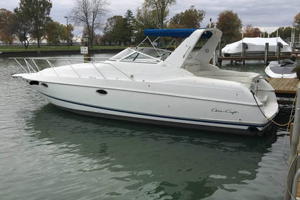 Chris-Craft 34 Crowne for sale in United States of America for $33,300 (£23,822)