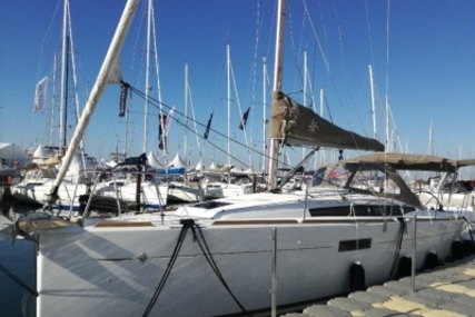 Jeanneau Sun Odyssey 349 for sale in France for €110,000 (£97,057)