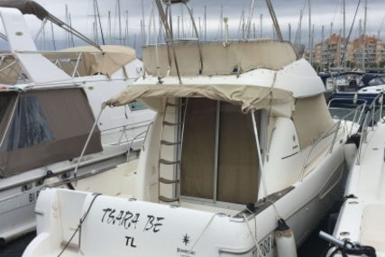 Jeanneau Merry Fisher 925 Fly for sale in France for €70,000 (£62,273)