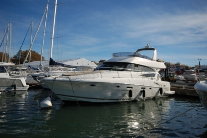 Prestige 510 for sale in France for €379,000 (£335,835)