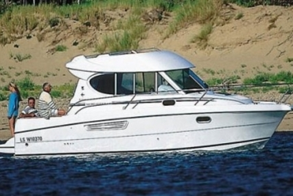 Jeanneau Merry Fisher 805 for sale in Ireland for €39,900 (£35,205)