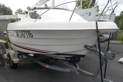 Quicksilver 420 FLAMINGO for sale in France for €5,000 (£4,431)
