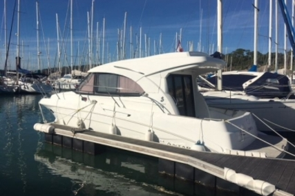 Beneteau Antares 30 S for sale in France for €95,000 (£83,637)