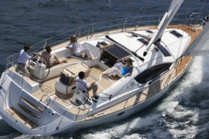 Jeanneau Sun Odyssey 42 DS for sale in Italy for €105,000 (£92,869)
