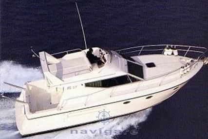 Azimut AZ 37 for sale in Italy for €65,000 (£57,760)