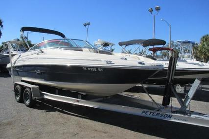 Sea Ray 220 Sundeck for sale in United States of America for $14,999 (£10,677)