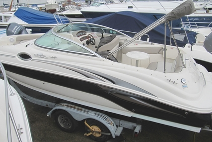 Sea Ray 240 Sundeck for sale in United Kingdom for £19,995