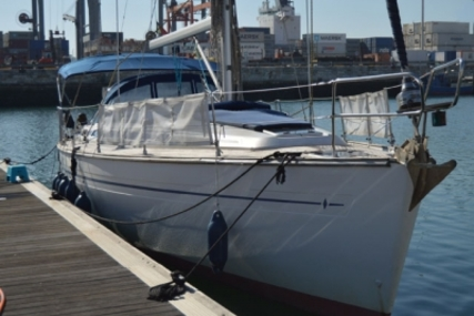 Bavaria 44 for sale in Portugal for €77,500 (£68,221)