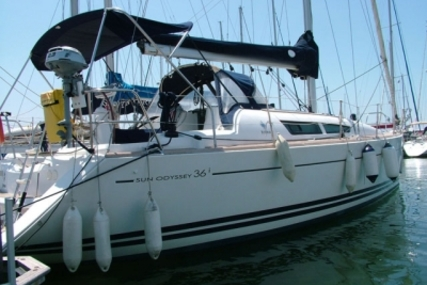 Jeanneau Sun Odyssey 36i for sale in Portugal for €75,000 (£66,458)
