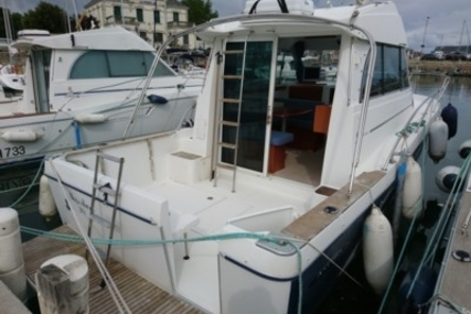 Beneteau Antares 9 for sale in France for €56,000 (£49,762)