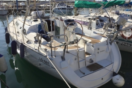Jeanneau Sun Odyssey 37 for sale in Italy for €65,000 (£57,393)