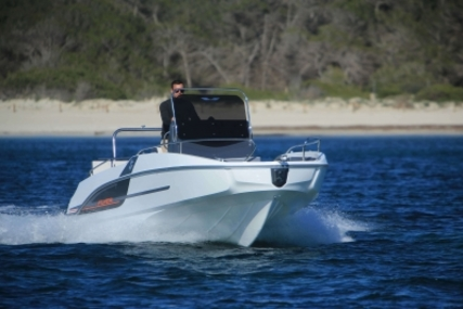Beneteau Flyer 5.5 Spacedeck for sale in France for €28,500 (£25,013)