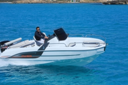 Beneteau Flyer 6.6 Spacedeck for sale in France for €43,700 (£38,558)