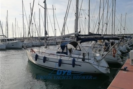 Bavaria 36 for sale in Italy for €58,000 (£51,177)