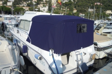 Ocqueteau 835 for sale in France for €37,000 (£32,725)
