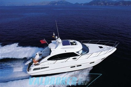 Sealine SC 39 for sale in Italy for €110,000 (£97,401)