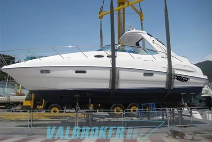 Sealine S38 for sale in France for €117,000 (£103,976)