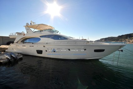 Azimut 85 for sale in France for €1,395,000 (£1,218,873)