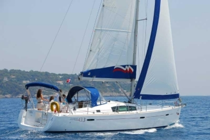 Beneteau Oceanis 43 for sale in Saint Lucia for $129,000 (£97,395)
