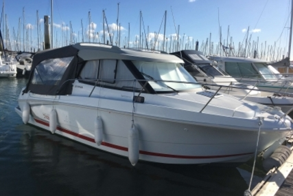 Beneteau Antares 7.80 for sale in France for €46,500 (£40,932)
