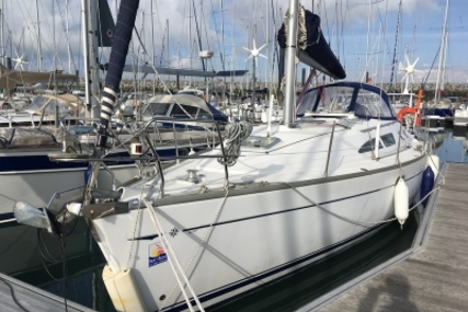 Jeanneau Sun Odyssey 37 for sale in France for €58,000 (£51,394)
