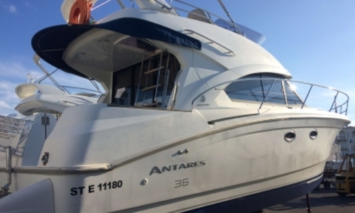 Image of Beneteau Antares 36 for sale in France for €148,000 (£132,262) LE CAP D'AGDE, France
